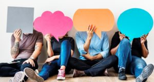Carencias de habilidades de comunicación, obstáculo para obtener empleo